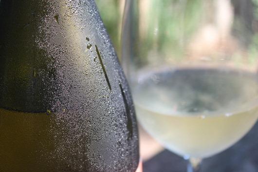 Rendez-vous-wine-bottle