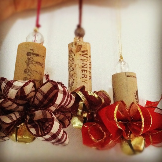 DIY Wine Cork Ornaments
